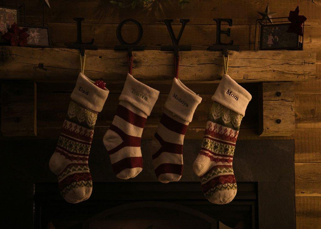 Calcetines de Navidad en la chimenea